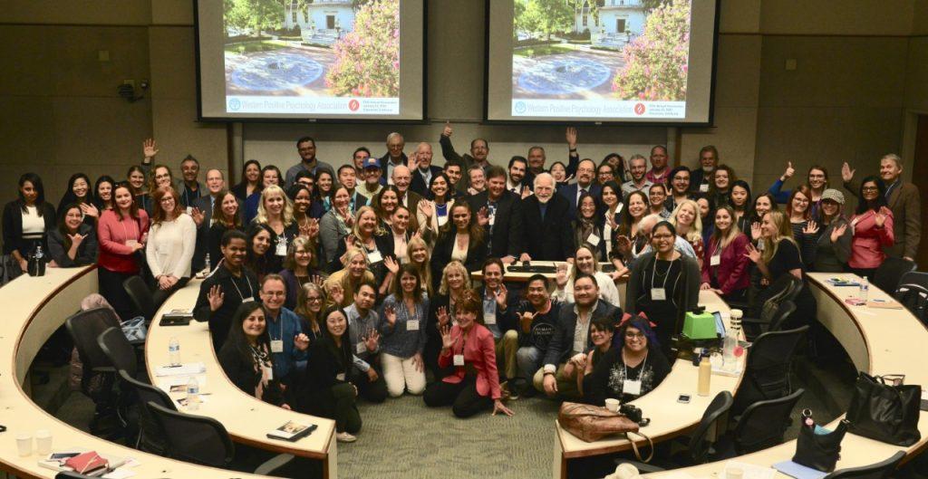 Photo prise pendant le WPPA Congress (Californie) le 25 Janvier 2020, parmis les personnes présentes il y a Robert J. Vallerand, Mike Csikszentmihalyi., Stewart Donaldson et Jeanne Nakamura.